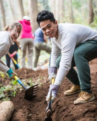 Our Ridge Trail Month in-person volunteer projects are full, but don't fret! You can win a $100 Whole Foods gift card by doing a DIY trail care project during November! To enter: 1. DIY a Ridge Trail care project (tips and supply list at ridgetrail.org/rt-month - link in bio.) 2. Post pics or video of your project on social media 3. Tag @bayarearidgetrail @REI and @wholefoods and include #RidgeTrailMonth in your post That's it! Show some love to your favorite Ridge Trail, then treat yourself to some healthy, delicious food. Thank you to @rei and @wholefoods for sponsoring Ridge Trail Month!